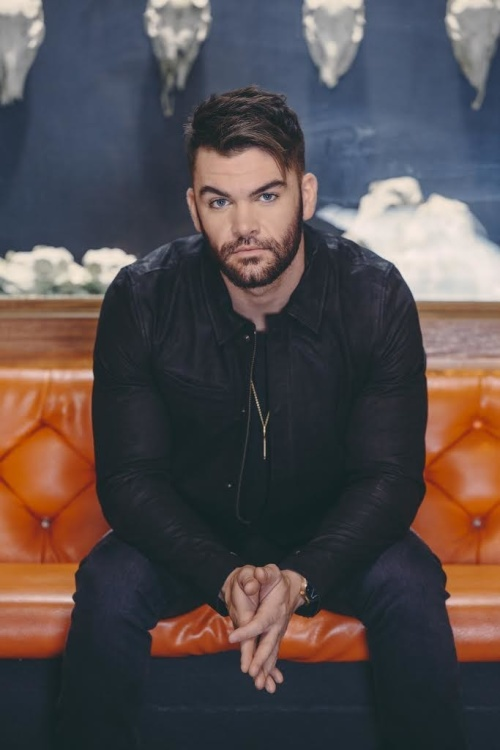 COUNTRY CONCERT SERIES FEATURING DYLAN SCOTT - GO Pool