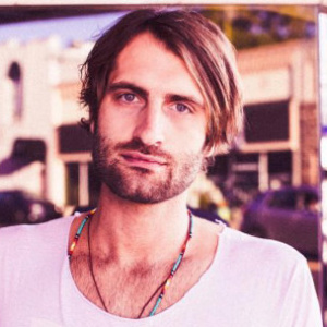 Ryan Hurd with Tyler Rich LIVE in Concert at Moonshine Flats