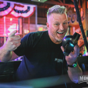 MDW with DJ Famous Dave at Moonshine Flats