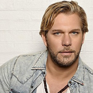 Craig Wayne Boyd LIVE in Concert at Moonshine Beach