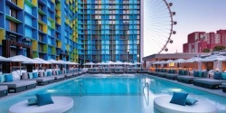 The POOL @ The LINQ